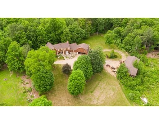 Maison unifamiliale pour l Vente à 244 Davis Road 244 Davis Road Ashby, Massachusetts 01431 États-Unis