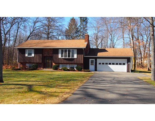 Single Family Home for Sale at 3 Laurel Drive 3 Laurel Drive Hadley, Massachusetts 01035 United States