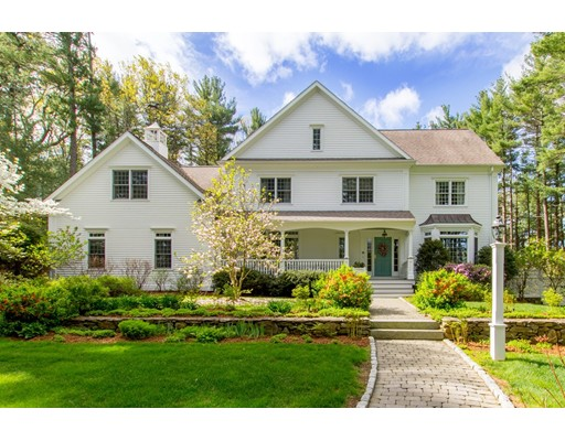 Single Family Home for Sale at 250 South Street Medfield, Massachusetts 02052 United States
