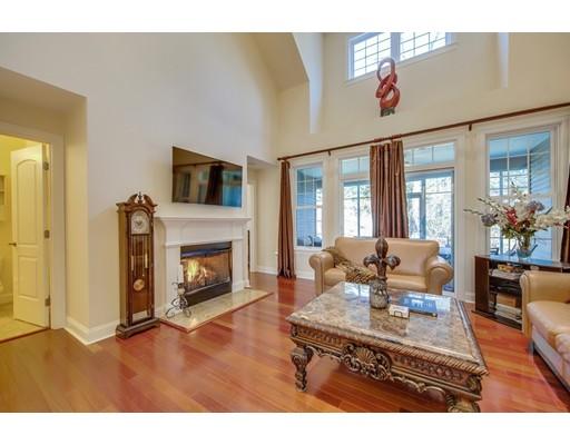 共管式独立产权公寓 为 销售 在 315 Old River Rd #21 315 Old River Rd #21 Lincoln, 罗得岛 02865 美国