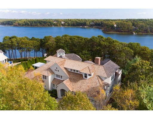 Single Family Home for Sale at 33 Shoestring Bay Road 33 Shoestring Bay Road Mashpee, Massachusetts 02649 United States