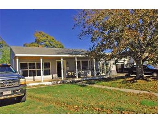 Частный односемейный дом для того Продажа на 15 Lisa Avenue 15 Lisa Avenue Acushnet, Массачусетс 02743 Соединенные Штаты
