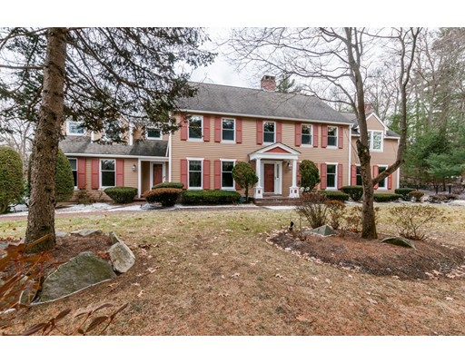 Single Family Home for Sale at 22 Hillcrest Road 22 Hillcrest Road Weston, Massachusetts 02493 United States