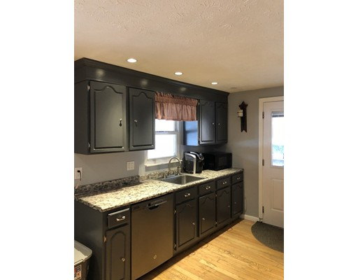 Single Family Home for Sale at 615 Conant Street 615 Conant Street Bridgewater, Massachusetts 02324 United States