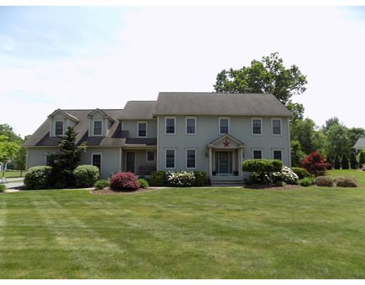 Casa Unifamiliar por un Venta en 23 Nottingham Drive 23 Nottingham Drive East Longmeadow, Massachusetts 01028 Estados Unidos