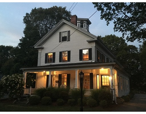 Single Family Home for Sale at 176 Summer Avenue 176 Summer Avenue Reading, Massachusetts 01867 United States