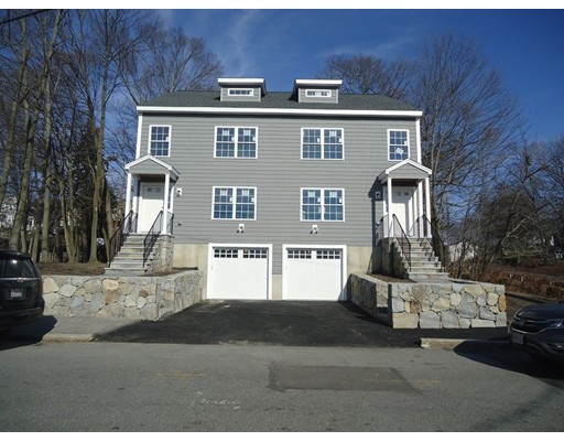 Condominio por un Venta en 22 Garfield Avenue 22 Garfield Avenue Woburn, Massachusetts 01801 Estados Unidos