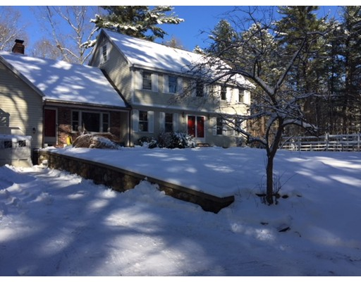Single Family Home for Rent at 26 Willow Road 26 Willow Road Boxford, Massachusetts 01921 United States