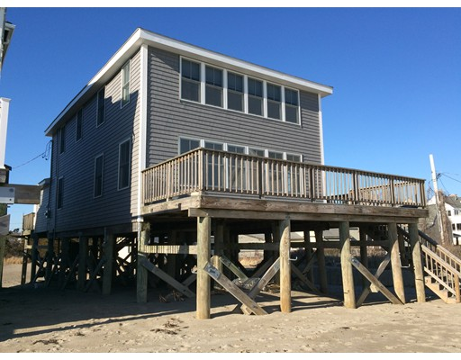 Single Family Home for Rent at 8 Peggotty Beach Scituate, Massachusetts 02066 United States