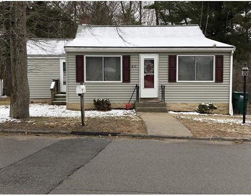 واحد منزل الأسرة للـ Sale في 46 Pond Street 46 Pond Street Holbrook, Massachusetts 02343 United States