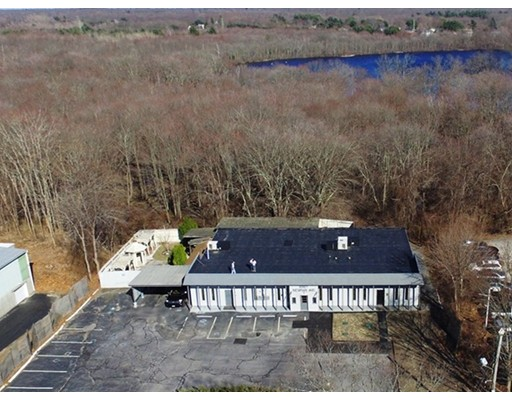Commercial for Sale at 1087 Newman Avenue 1087 Newman Avenue Seekonk, Massachusetts 02771 United States