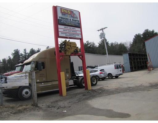 商用 为 销售 在 571 Chase Road 571 Chase Road Lunenburg, 马萨诸塞州 01462 美国