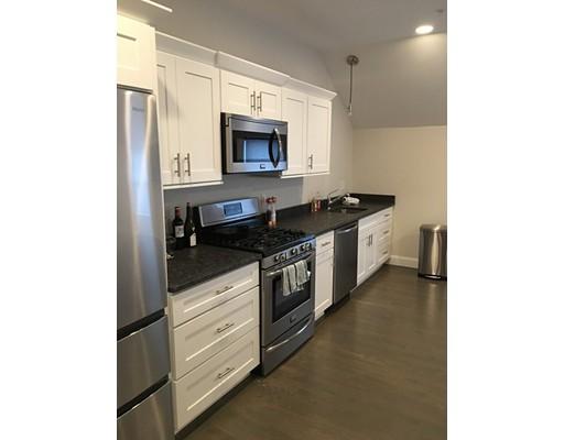 独户住宅 为 出租 在 285 St George Street 285 St George Street 达克斯伯里, 马萨诸塞州 02332 美国