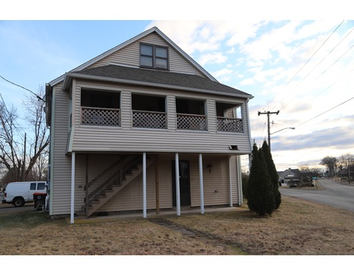 Single Family Home for Rent at 927 Springfield Street 927 Springfield Street Agawam, Massachusetts 01030 United States