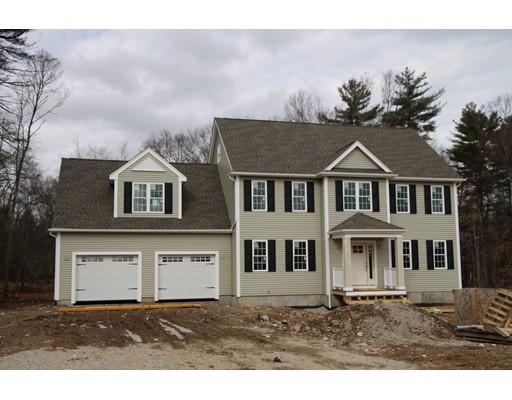 独户住宅 为 销售 在 26 Pearl Street 26 Pearl Street Millis, 马萨诸塞州 02054 美国