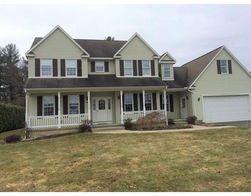 Maison unifamiliale pour l Vente à 26 Kingsberry Way 26 Kingsberry Way Easthampton, Massachusetts 01027 États-Unis