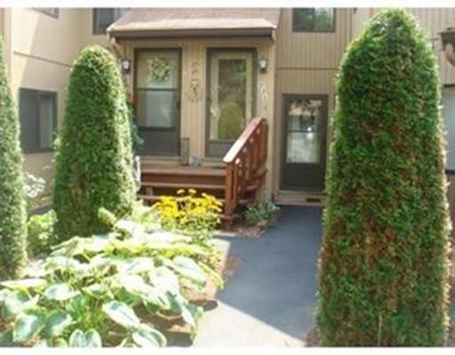 Appartement en copropriété pour l à louer à 231 Trailside Way #231 231 Trailside Way #231 Ashland, Massachusetts 01721 États-Unis