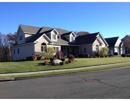 واحد منزل الأسرة للـ Sale في 56 Hemlock Ridge 56 Hemlock Ridge Agawam, Massachusetts 01030 United States