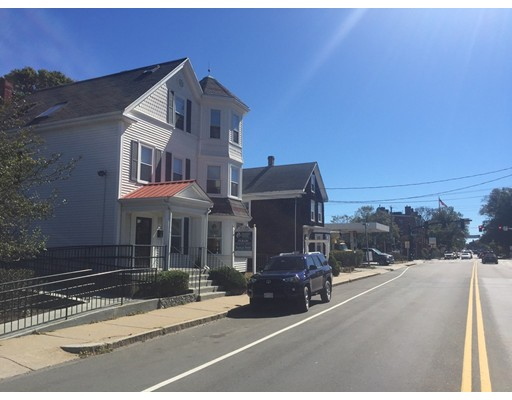 Commercial for Rent at 115 Court 115 Court Plymouth, Massachusetts 02360 United States