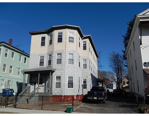 Casa Unifamiliar por un Alquiler en 249 Cambridge Street Worcester, Massachusetts 01603 Estados Unidos