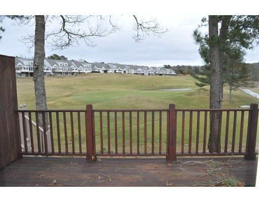 واحد منزل الأسرة للـ Sale في 3 Blue Meadow Court 3 Blue Meadow Court Bourne, Massachusetts 02532 United States