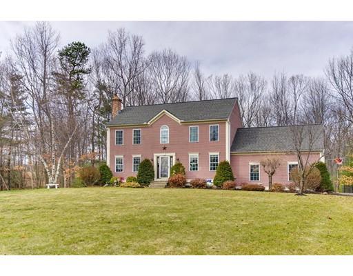 Single Family Home for Sale at 517 White Pond Road 517 White Pond Road Lancaster, Massachusetts 01523 United States
