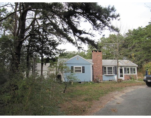 Single Family Home for Sale at 82 S Pamet Road 82 S Pamet Road Truro, Massachusetts 02666 United States