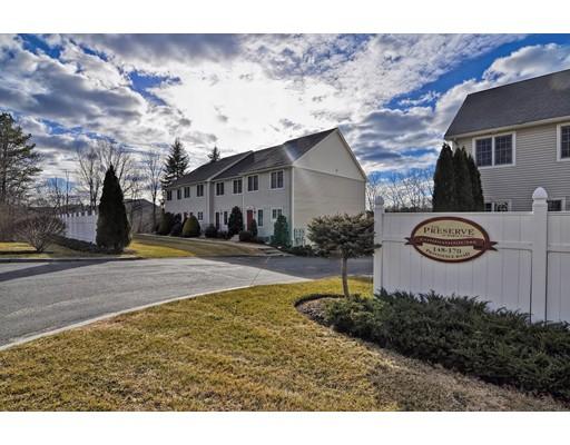 Appartement en copropriété pour l Vente à 166 Providence Road 166 Providence Road Grafton, Massachusetts 01519 États-Unis