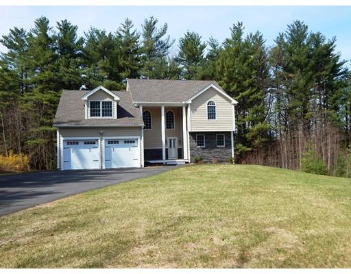 واحد منزل الأسرة للـ Sale في 126 North Common 126 North Common Westminster, Massachusetts 01473 United States