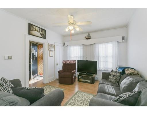 Nhà ở một gia đình vì Bán tại 88 W 8Th Street 88 W 8Th Street Boston, Massachusetts 02127 Hoa Kỳ