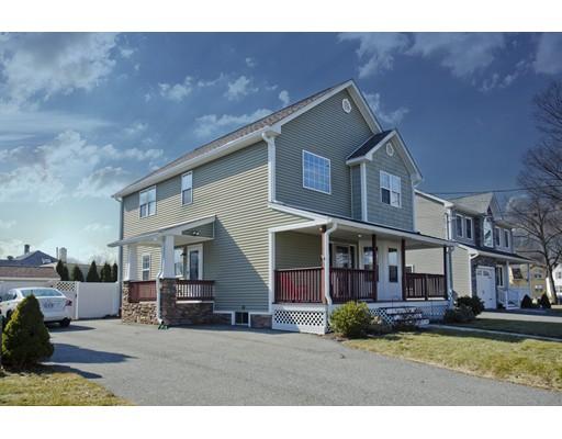Maison unifamiliale pour l Vente à 71 Kaveney Street 71 Kaveney Street Chicopee, Massachusetts 01020 États-Unis