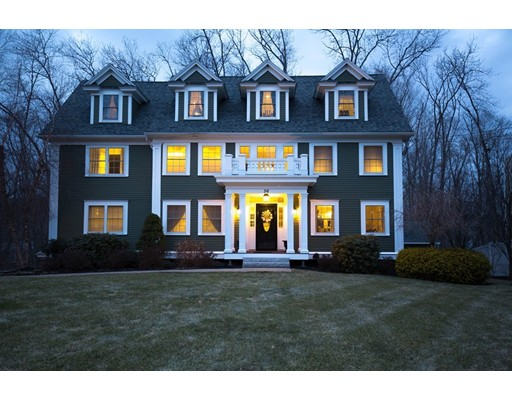 Casa Unifamiliar por un Venta en 56 Church Street 56 Church Street West Newbury, Massachusetts 01985 Estados Unidos
