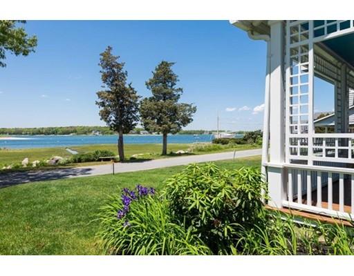 独户住宅 为 销售 在 357 Circuit Avenue 波恩, 02559 美国