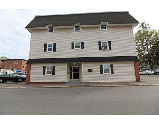 Single Family Home for Rent at 16 Richards Avenue 16 Richards Avenue North Attleboro, Massachusetts 02760 United States