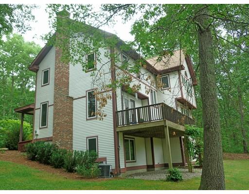 Single Family Home for Sale at 161 Turkey Hill Road 161 Turkey Hill Road Northampton, Massachusetts 01062 United States