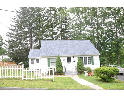 Single Family Home for Sale at 17 Goucher Avenue Worcester, Massachusetts 01605 United States