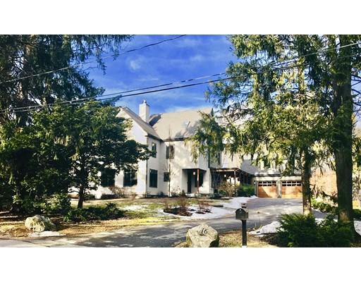 Частный односемейный дом для того Продажа на 16 Rockmont Road 16 Rockmont Road Belmont, Массачусетс 02478 Соединенные Штаты