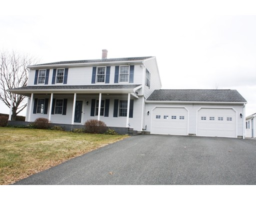 Single Family Home for Sale at 107 Plain Road 107 Plain Road Deerfield, Massachusetts 01373 United States