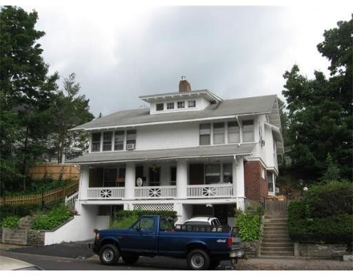 Casa Unifamiliar por un Alquiler en 1 Richmond Avenue 1 Richmond Avenue Worcester, Massachusetts 01602 Estados Unidos