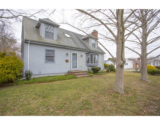 Additional photo for property listing at 3759 Acushnet Avenue 3759 Acushnet Avenue New Bedford, 马萨诸塞州 02745 美国