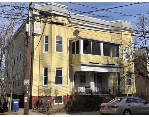 Casa Multifamiliar por un Venta en 25 Boston Street 25 Boston Street Somerville, Massachusetts 02143 Estados Unidos