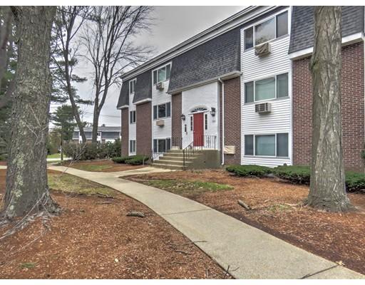 Appartement en copropriété pour l Vente à 44 Will Drive 44 Will Drive Canton, Massachusetts 02021 États-Unis