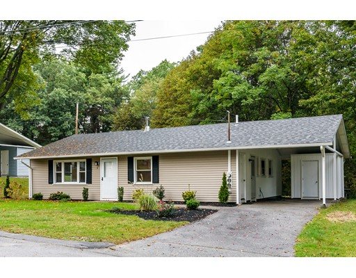 Single Family Home for Rent at 40 Mickelson Lane 40 Mickelson Lane Bedford, Massachusetts 01730 United States