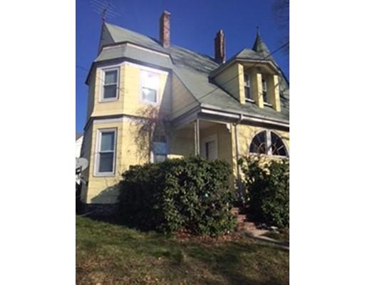 多户住宅 为 销售 在 2 Newcomb Street Taunton, 马萨诸塞州 02780 美国