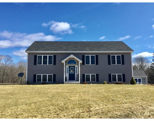 Single Family Home for Sale at 74 Old East Brookfield Road 74 Old East Brookfield Road North Brookfield, Massachusetts 01535 United States