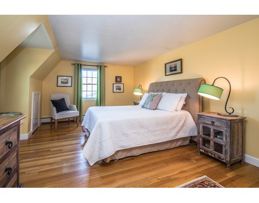 10 Locust, South Hampton, NH, 03827