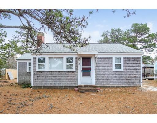 独户住宅 为 销售 在 18 Hassan Road 丹尼斯, 马萨诸塞州 02639 美国