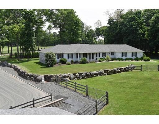 Single Family Home for Sale at 240 Hillside Road 240 Hillside Road Southwick, Massachusetts 01077 United States
