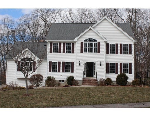 Casa Unifamiliar por un Venta en 36 Highridge Road 36 Highridge Road Bellingham, Massachusetts 02019 Estados Unidos