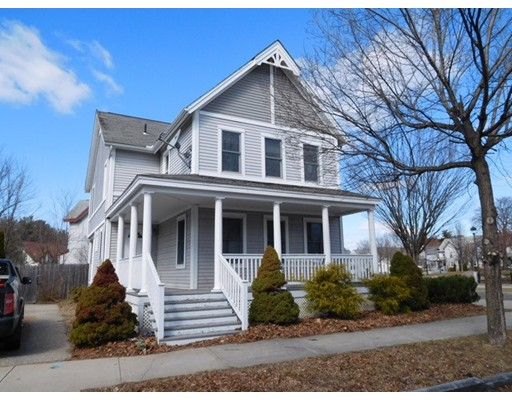 Single Family Home for Sale at 365 Elm Street 365 Elm Street Holyoke, Massachusetts 01040 United States